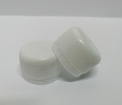 Capac plastic 28 mm filet alb