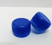 Capac plastic 28 mm filet albastru